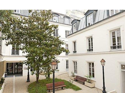 Etablissement d'Hébergement pour Personnes Agées Dépendantes - 75011 - Paris 11 - Dolcéa Résidence Les Ambassadeurs EHPAD