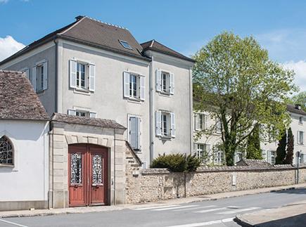 Etablissement d'Hébergement pour Personnes Agées Dépendantes - 77850 - Héricy - Korian Sainte-Geneviève