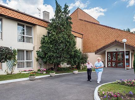 Etablissement d'Hébergement pour Personnes Agées Dépendantes - 77340 - Pontault-Combault - EHPAD Korian Les Roses