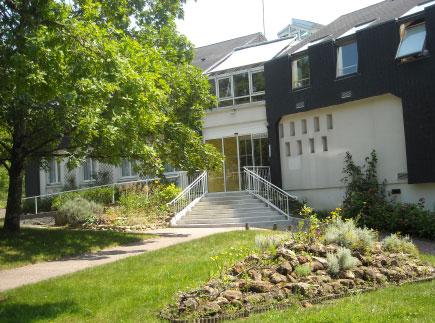 Etablissement d'Hébergement pour Personnes Agées Dépendantes - 77460 - Souppes-sur-Loing - EHPAD La Garenne