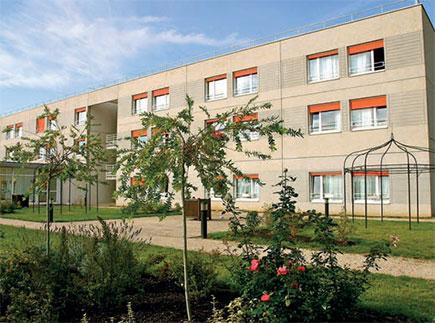 Etablissement d'Hébergement pour Personnes Agées Dépendantes - 77500 - Chelles - La Maison du Tilleul Argenté EHPAD - Adef Résidences