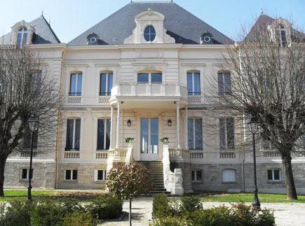 Etablissement d'Hébergement pour Personnes Agées Dépendantes - 77130 - Montereau-Fault-Yonne - EHPAD Résidence du Château Nodet