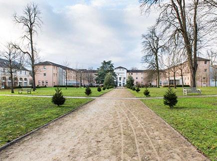 Maison de Retraite Médicalisée - 78200 - Magnanville - Centre de Gérontologie Clinique Fondation Léopold Bellan