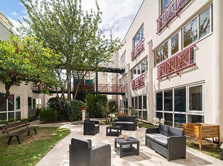 Etablissement d'Hébergement pour Personnes Agées Dépendantes - 78180 - Montigny-le-Bretonneux - Korian Quiéta