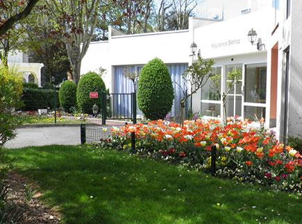 Résidence Autonomie - 78100 - Saint-Germain-en-Laye - AGEFO Résidence Autonomie H. BERLIOZ