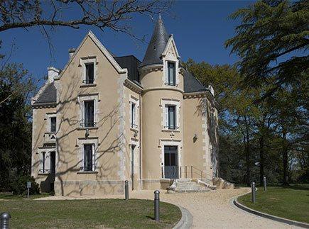 Résidences avec Services - 79200 - Parthenay - Domitys Le Château des Plans - Résidence avec Services