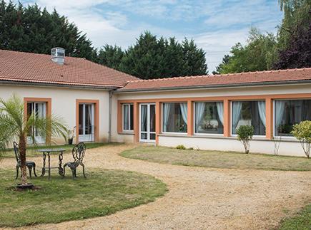 Etablissement d'Hébergement pour Personnes Agées Dépendantes - 80400 - Ercheu - Korian La Rivière Bleue