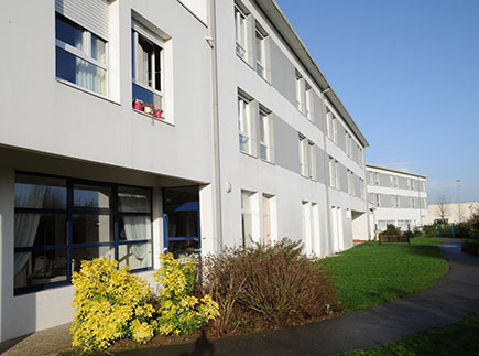 Etablissement d'Hébergement pour Personnes Agées Dépendantes - 80094 - Amiens - Le Parc des Vignes LNA Santé