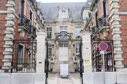 Etablissement d'Hébergement pour Personnes Agées Dépendantes - 80200 - Péronne - EHPAD Résidence Saint Fursy