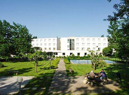 Centre de Soins de Suite - Réadaptation - 81540 - Cahuzac - Clinique SSR Korian Le Château