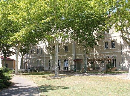 Etablissement d'Hébergement pour Personnes Agées Dépendantes - 81340 - Valence-d'Albigeois - EHPAD Résidence Bel Air - UMT