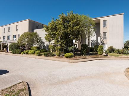 Centre de Soins de Suite - Réadaptation Spécialisé - 83260 - Toulon - Korian - Clinique Val du Fenouillet