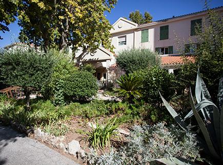 Etablissement d'Hébergement pour Personnes Agées Dépendantes - 83100 - Toulon - EHPAD Résidence Jeanne Marguerite