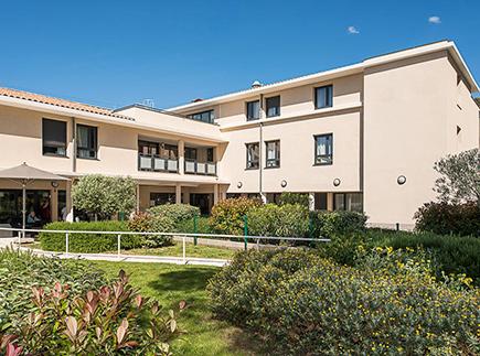 Etablissement d'Hébergement pour Personnes Agées Dépendantes - 83110 - Sanary-sur-Mer - Korian La Pinède