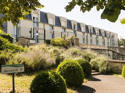 Etablissement d'Hébergement pour Personnes Agées Dépendantes - 86100 - Châtellerault - Colisée - Résidence Les Tilleuls