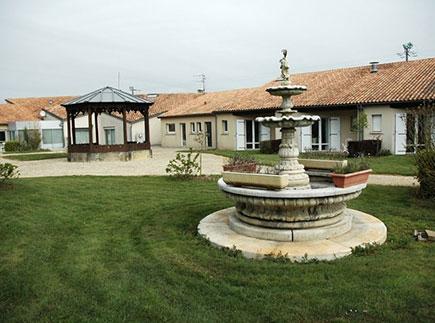 Maison de Retraite Médicalisée - 86350 - Usson-du-Poitou - EHPAD Fondation Partage et Vie - Résidence la Nougeraie