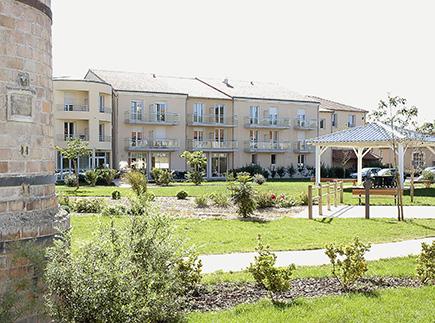 Etablissement d'Hébergement pour Personnes Agées Dépendantes - 86300 - Chauvigny - Emera EHPAD Résidence Retraite Emeraudes Chauvigny