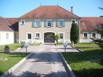 Etablissement d'Hébergement pour Personnes Agées Dépendantes - 89520 - Treigny - EHPAD Résidence Le Cèdre