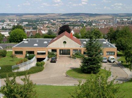 Etablissement d'Hébergement pour Personnes Agées Dépendantes - 89100 - Paron - EHPAD Résidence Les Cèdres