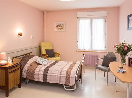 Etablissement d'Hébergement pour Personnes Agées Dépendantes - 89100 - Saint-Clément - Korian Villa d'Azon