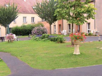 Etablissement d'Hébergement pour Personnes Agées Dépendantes - 89150 - Savigny-sur-Clairis - EHPAD Résidence Les Dornets