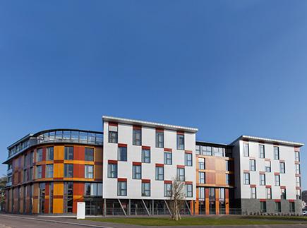 Etablissement d'Hébergement pour Personnes Agées Dépendantes - 89000 - Auxerre - EHPAD Résidence Le Saule