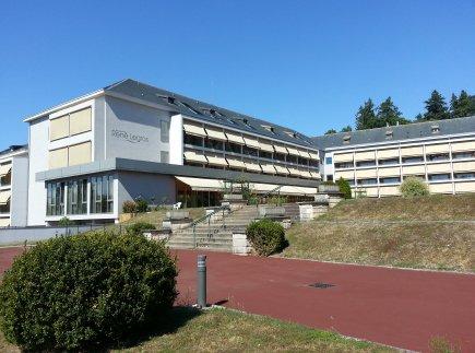 Etablissement d'Hébergement pour Personnes Agées Dépendantes - 91410 - Dourdan - EHPAD Résidence René Legros