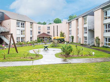 Etablissement d'Hébergement pour Personnes Agées Dépendantes - 91480 - Quincy-sous-Sénart - Korian Tamias
