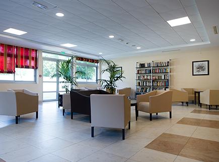 Centre de Soins de Suite - Réadaptation Spécialisé - 92506 - Rueil-Malmaison - Clinique du Mont Valérien CLINEA