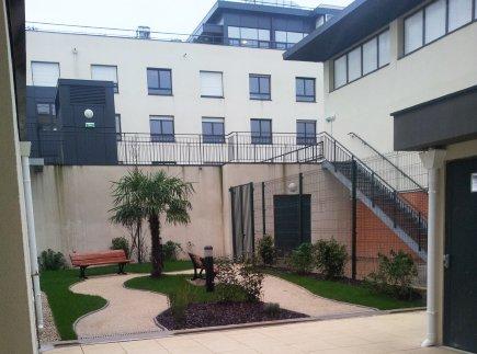 Etablissement d'Hébergement pour Personnes Agées Dépendantes - 93000 - Bobigny - EHPAD Résidence Le Clos des Peupliers