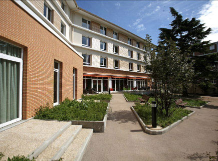 Etablissement d'Hébergement pour Personnes Agées Dépendantes - 94110 - Arcueil - La Maison du Grand Cèdre EHPAD - Adef Résidences
