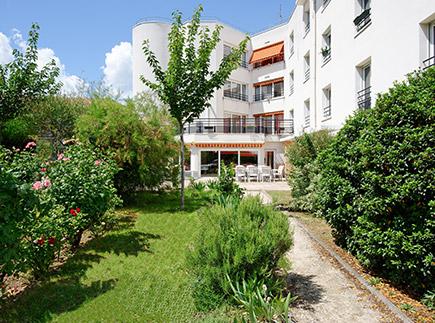 Etablissement d'Hébergement pour Personnes Agées Dépendantes - 95100 - Argenteuil - Korian Le Cottage