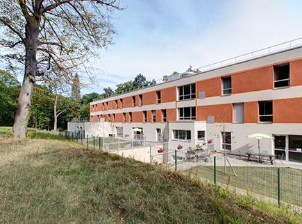 Etablissement d'Hébergement pour Personnes Agées Dépendantes - 95570 - Bouffémont - Colisée - Résidence Le Mesnil