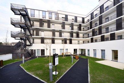 Etablissement d'Hébergement pour Personnes Agées Dépendantes - 95370 - Montigny-lès-Cormeilles - EHPAD Résidence de la Rue John Lennon