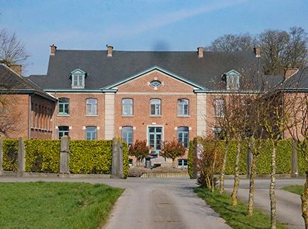 Foyer d'Hébergement - 7972 - Aubechies - Home André Livémont - Le Défi